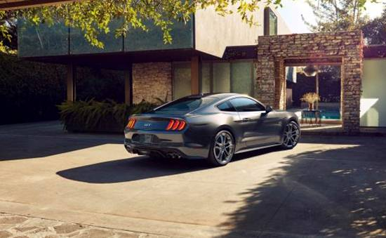 2021 Ford Mustang Pictures