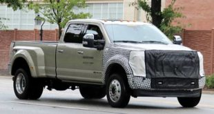 2019 Ford Super Duty to Get New Gas Engine